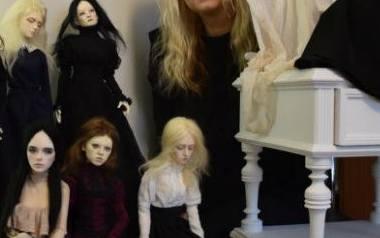 Dollfie - tak brzmi nazwa japońskich lalek, które od lat kolekcjonuje Katarzyna Nowak z Łodzi. Hobby jest bardzo czasochłonne, bo pani Kasia samodzielnie