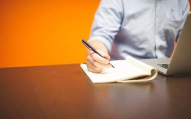 Podanie o pracę: wzór do pobrania z omówieniem