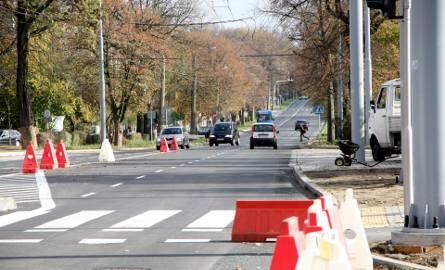 Na Drogę Męczenników Majdanka wracają auta (ZDJĘCIA)