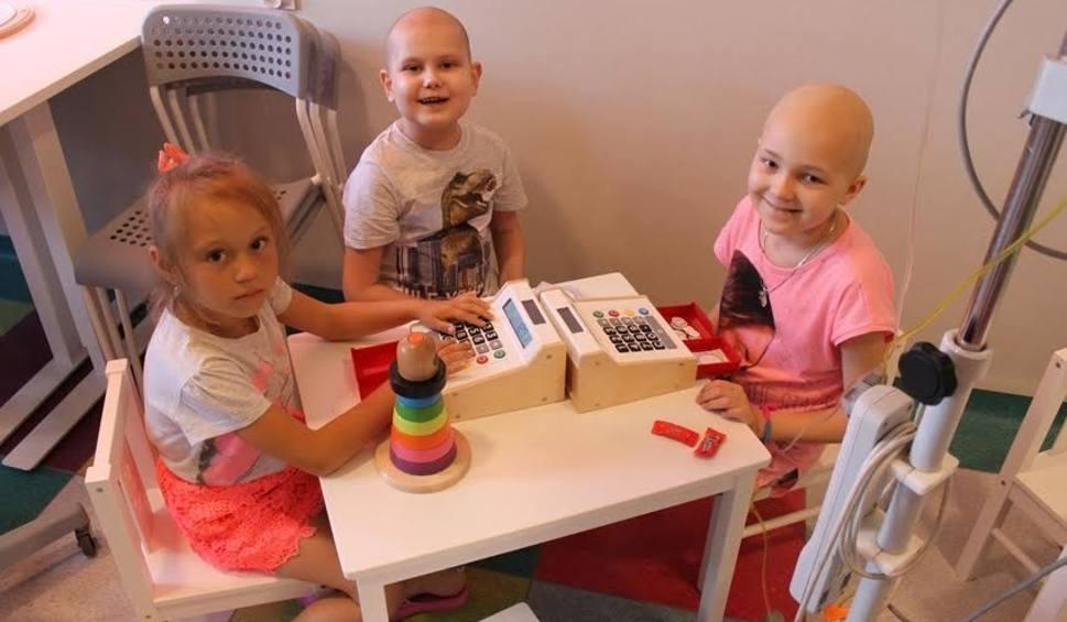 Film do artykułu: Oddział Hematologii i Onkologii Dziecięcej w szpitalu w Zabrzu znów jest jasny i kolorowy. Wszystko