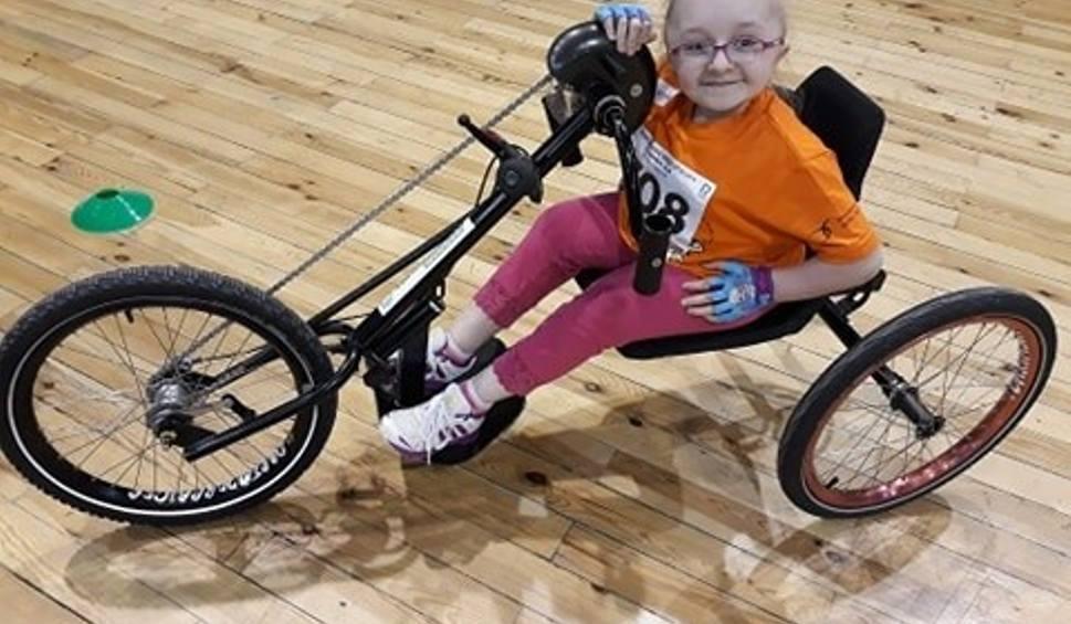 Film do artykułu: Gorzów zbiera nakrętki na specjalistyczny rower. Marzy o nim Wiktoria Klińska, chora na wrodzoną łamliwość kości