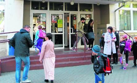 Potwierdzony przypadek sepsy wpłynął negatywnie na i tak już niską przez sezon grypowy liczebność klas w SP 10 w Tczewie