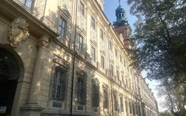 Klasztor w Lubiążu to ogromny obiekt i wymaga ogromnych pieniędzy
