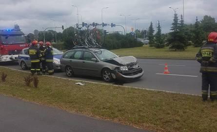 Kolizja dwóch aut tuż za rondem generała Maczka w Bydgoszczy