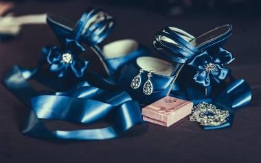 Pomysł na świąteczny prezent. Jaka biżuteria na mamy, a jaka dla teściowej?