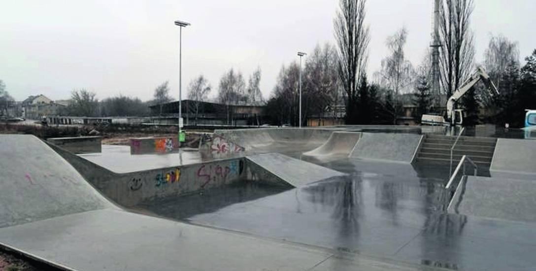 Szczecinecki skatepark, choć zrealizowany wprost z budżetu miasta, był pomysłem zgłoszonym przez młodzież