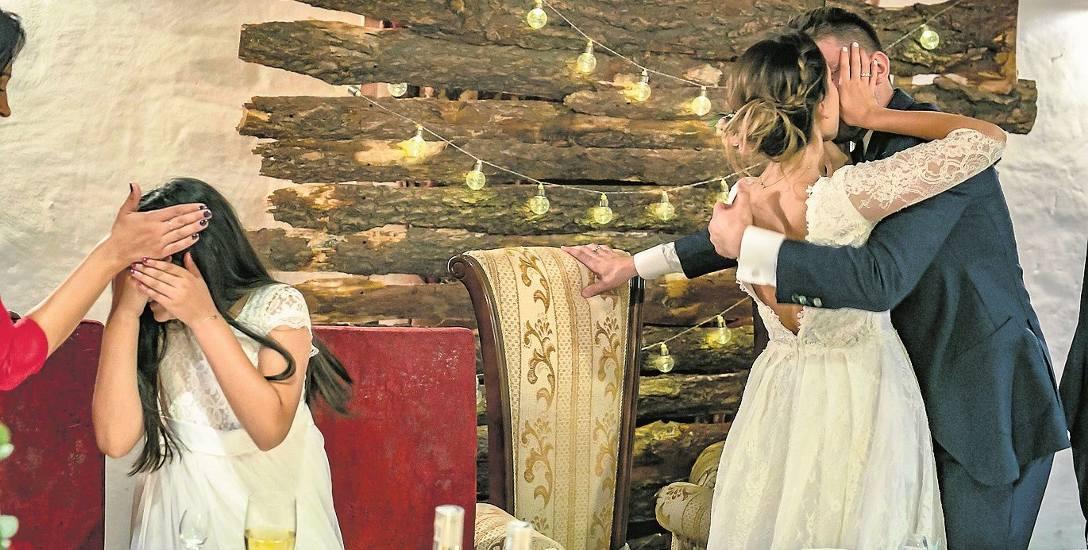 Fotograf ślubny to artysta. Ludzie zawierzają mu nieraz do granic intymności