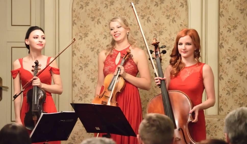 """Film do artykułu: Piękne dziewczyny w Jędrzejowie, czyli koncert """"Trio Mosso"""""""