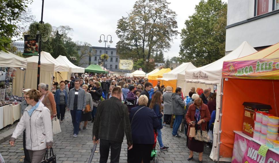 Film do artykułu: Jarmark Franciszkański w Opolu. W drugi dzień przyszły tłumy