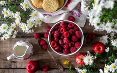 Maliny. TOP 10 deserów z malinami naszych Czytelników [PRZEPISY]
