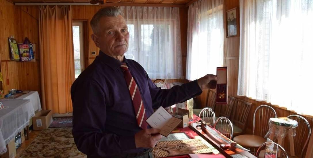 Z Ełku do Sokółki jechał pociągiem 2 tygodnie. Z koniem