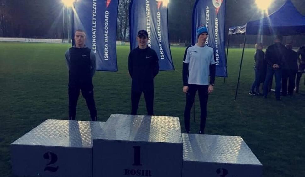 Film do artykułu: Mateusz Kaczor, zawodnik RLTL ZTE Radom, mistrzem Polski do lat 23 w biegu na 10 kilometrów