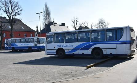 PKS Częstochowa w stanie likwidacji. Rządowy program Połączenia lokalne działa? Co to oznacza dla pasażerów?
