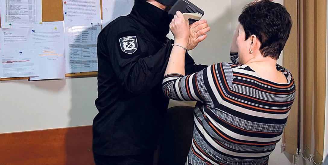Kuratorzy sądowi z Przemyśla szkolili się na kursie samoobrony. Nie są bezpieczni w swej pracy