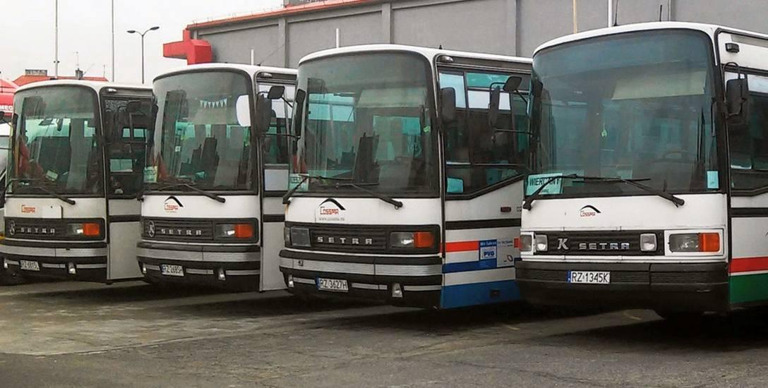 Autobusy firmy Cossma pod 12 latach, od sierpnia tego roku nie będą już kursować na teren czterech podrzeszowskich gmin. Przewoźnik nie porozumiał się