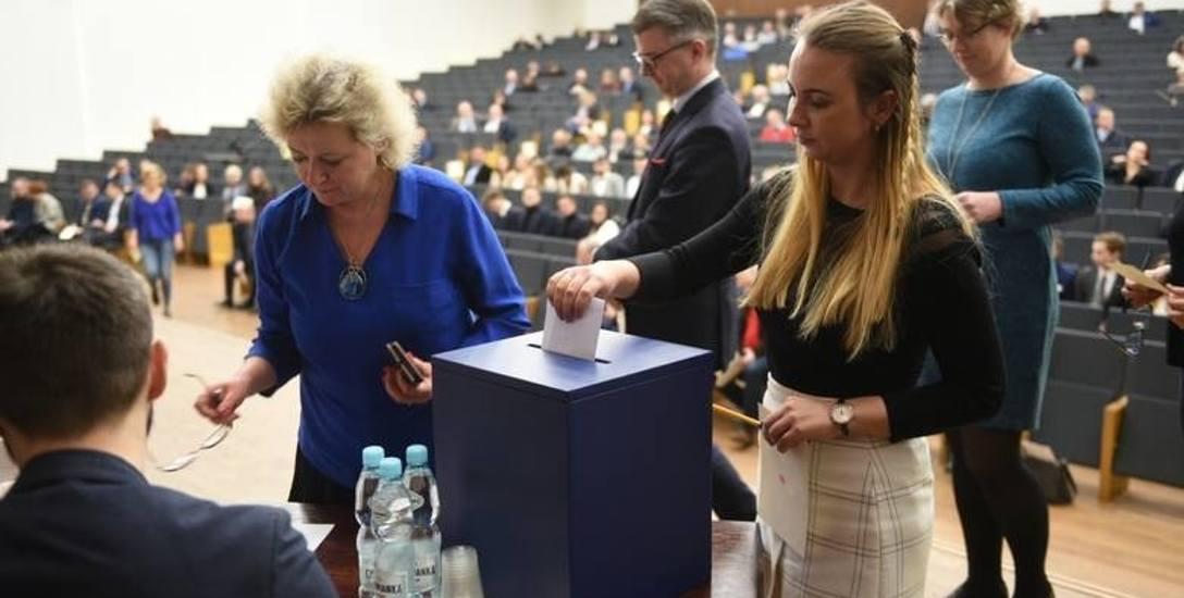 Na prof. Andrzeja Sokalę głosowało 181 spośród 199 obecnych na wyborach elektorów