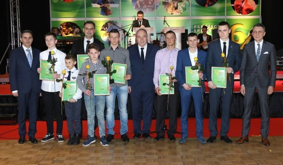 Film do artykułu: Wybraliśmy najpopularniejszych sportowców, trenerów i talenty w powiecie opatowskim (WIDEO, zdjęcia)