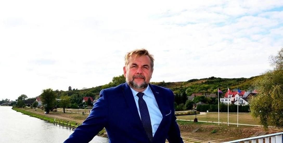 Paweł Pisarek wygrał wybory w drugiej turze. 4 listopada zdobył 56,53 proc głosów.