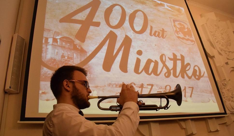 Film do artykułu: Sesja na 400-lecie Miastka (wideo, zdjęcia)
