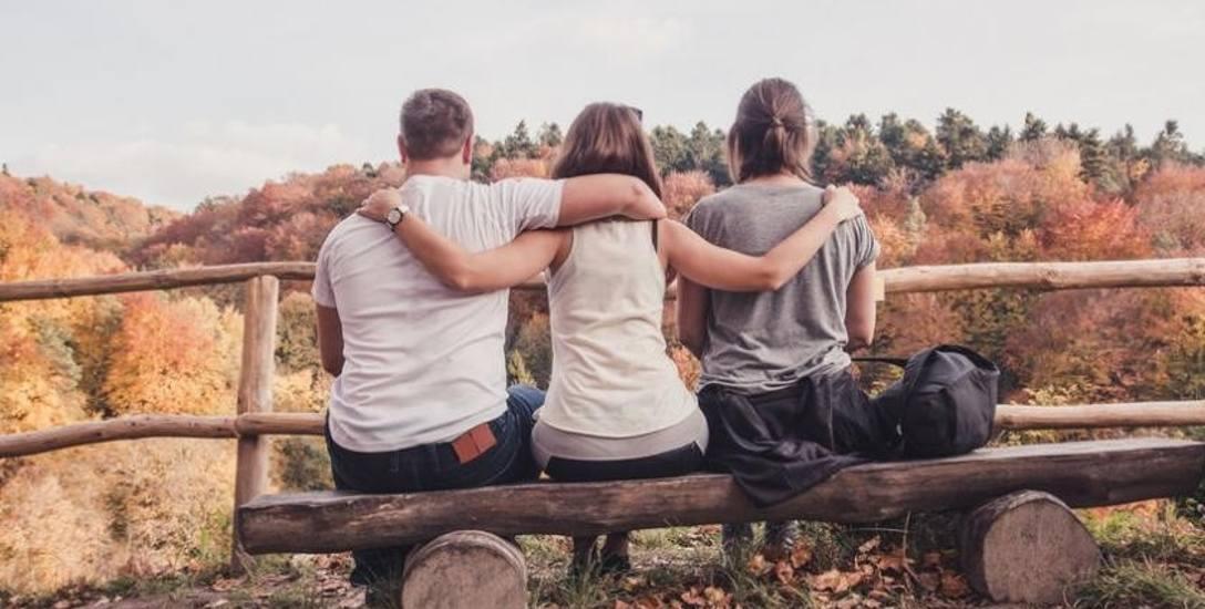 Co Polacy sądzą o życiu w miłosnym trójkącie. Ogólnopolskie badania na temat poliamorii