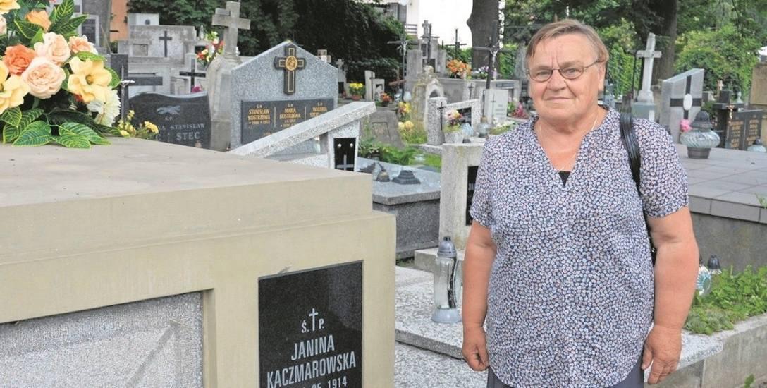 Helena Ropek była świadkiem, jak grupka osób spożywała alkohol na jednym z grobowców