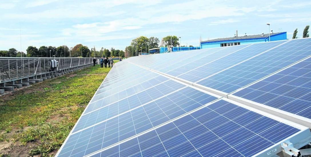 MPGK już może korzystać z własnej energii. Więcej paneli słonecznych znajduje się na terenie oczyszczalni ścieków przy ul. Drzymały (na zdjęciu). Druga