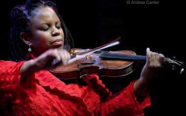 """Reginy Carter posłuchamy już w sobotę w Auli UAM na koncercie """"Era Jazzu - gramy już 20 lat"""""""