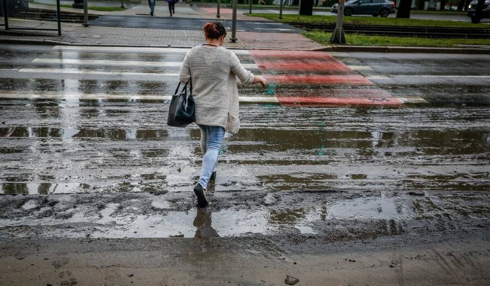 Film do artykułu: Uwaga! Ostrzeżenie pierwszego stopnia przed intensywnymi opadami deszczu na Podkarpaciu