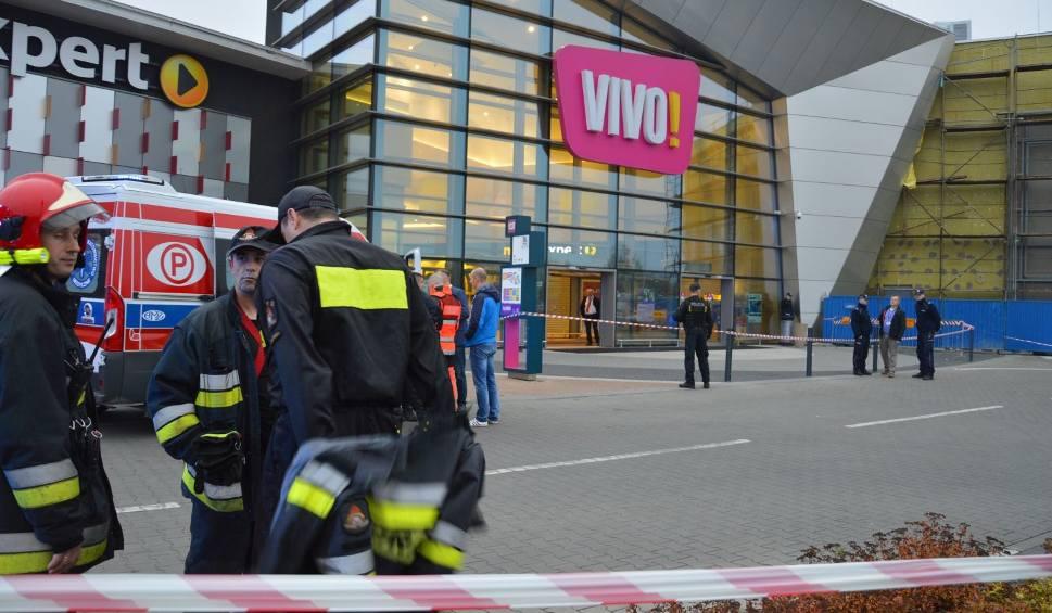 Film do artykułu: Po ataku nożownika w Stalowej Woli. W sobotę galeria VIVO! w nieczynna
