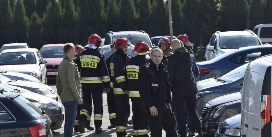 Matury 2019 z alarmami bombowymi w tle. Relacja ze Skierniewic i Łowicza
