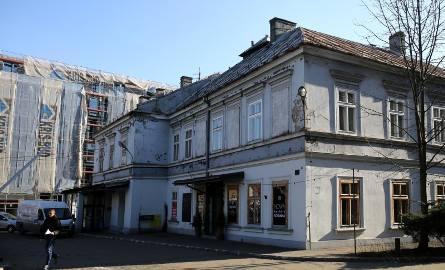 Dolnych Młynów 10 to jeden z najpopularniejszych adresów Krakowa
