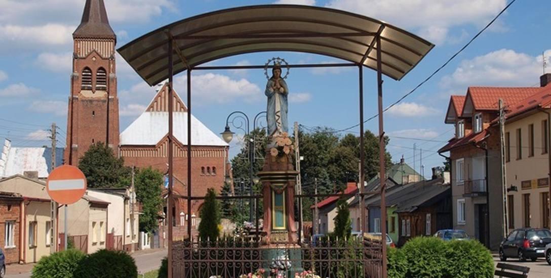Kapliczka w Jeżowie, w powiecie brzezińskim