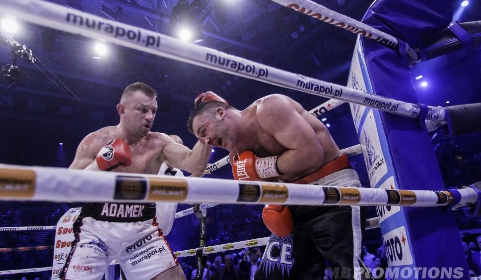 Film do artykułu: Adamek znokautował Abella! Będzie kolejna walka Adamka. Polsat Boxing Night ZDJĘCIA + WIDEO Adamek - Abell ONLINE Walka ONLINE NOC ZEMSTY