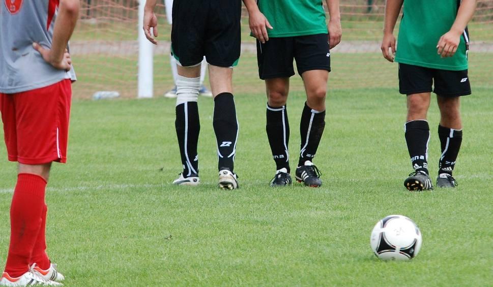 Film do artykułu: Piłkarski weekend. Grały trzecia i czwarta liga, klasy okręgowa, A i B [SPRAWDŹ WYNIKI]