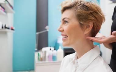 Marzy ci się krótka fryzura, ale boisz się drastycznej metamorfozy? Niech odwaga innych kobiet zainspiruje cię do zmiany. Zobacz niezwykłe przemiany