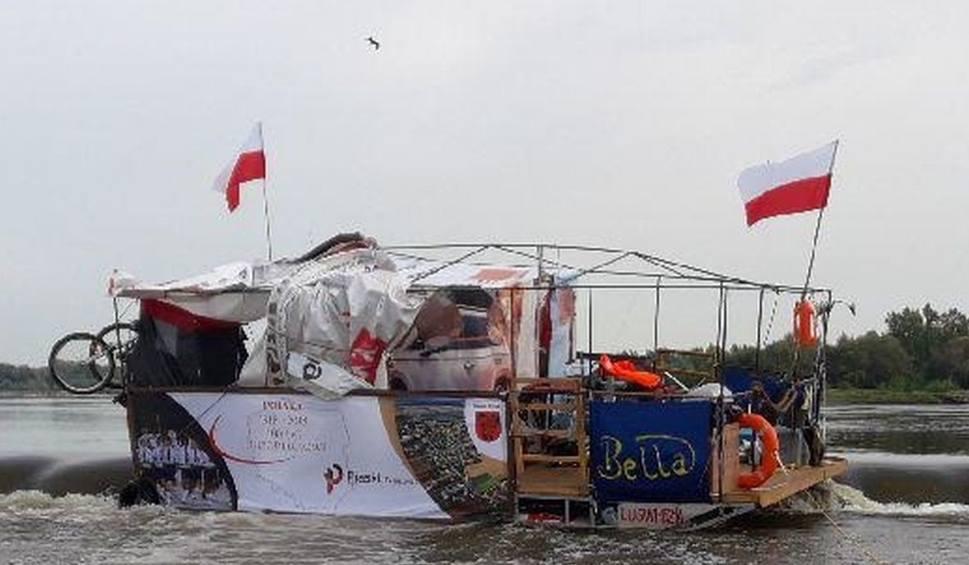 Film do artykułu: Kozienice. Mieli dopłynąć do Gdańska. Zatrzymał ich próg na Wiśle koło Elektrowni