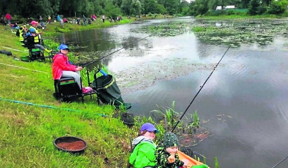 Film do artykułu: W Białobrzegach odbył się piknik i zawody wędkarskie dla najmłodszych