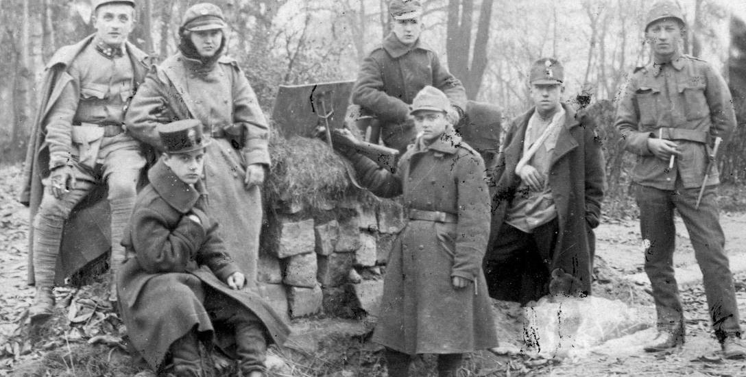 Młodzi uczestnicy walk we Lwowie w 1918 r.