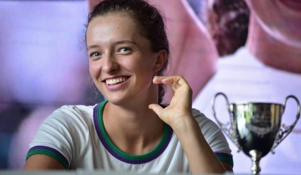 Film do artykułu: WTA Lugano. Iga Świątek w ćwierćfinale. Największy sukces w karierze juniorskiej mistrzyni Wimbledonu