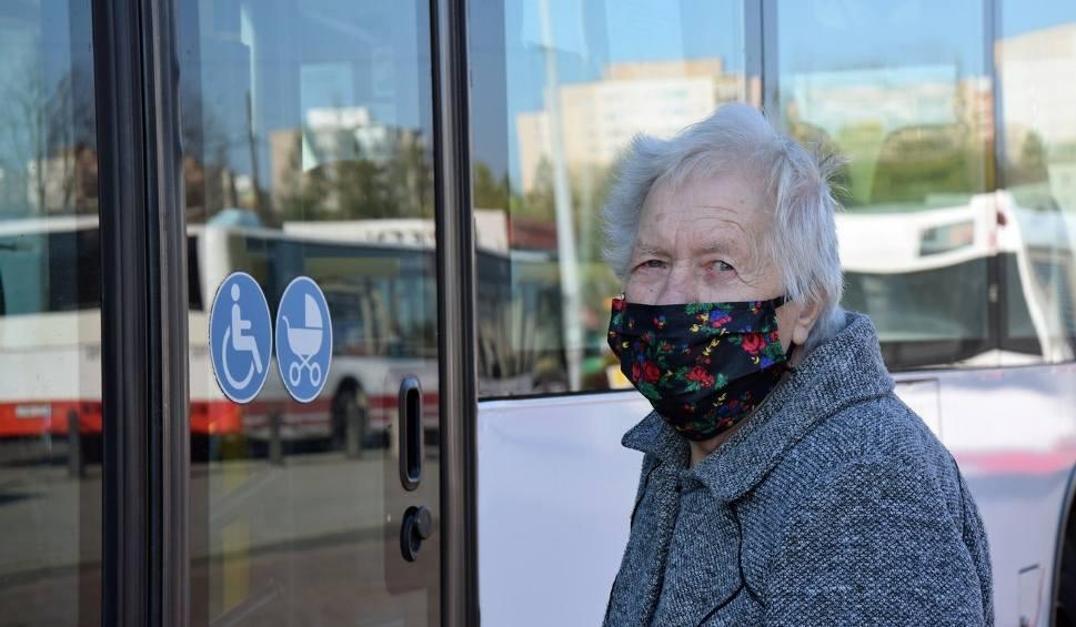 Film do artykułu: Nie masz maseczki w autobusie i kierowca cię nie wpuści? Tak ma być od 1 sierpnia w MZK Jastrzębie-Zdrój. Będą awantury?