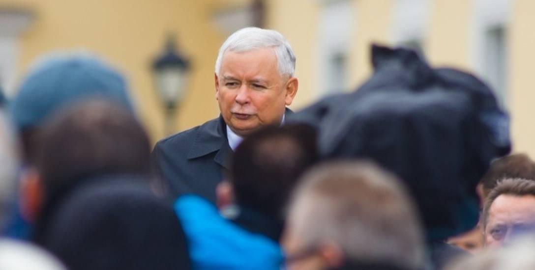 Prezes i znani działacze PiS zapowiedzieli szereg wizyt w terenie, by przed wyborami samorządowymi odrobić straty.