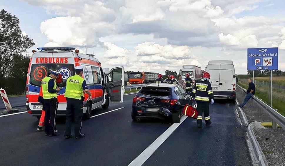 Film do artykułu: Wypadek na S3 pod Zieloną Górą. Ranna kobieta w szpitalu