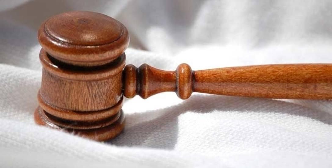 Wyrok jest prawomocny. Janusz K. został oskarżony przez słupską Prokuraturę Okręgową o przyjmowanie korzyści majątkowych na łączną kwotę 140 tys. zł