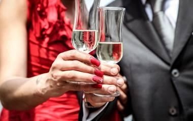 Coraz mniej kobiet w ciąży pije alkohol