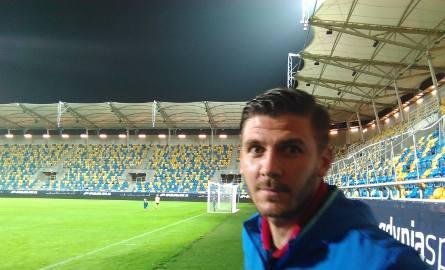 W ostatnim, przegranym 0:3 meczu z Arką Gdynia Łukasz Załuska był na ławce rezerwowych