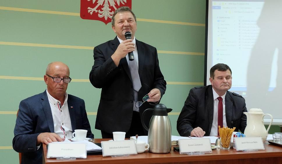 Film do artykułu: PiS ma większość do odwołania starosty białostockiego, ale nie jest jej pewny (zdjęcia)