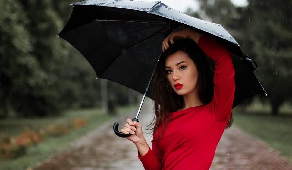 Film do artykułu: Jaka będzie pogoda w piątek, 22 czerwca (22.06.2018)? Będzie chłodniej, możliwe są też opady deszczu i burze [prognoza pogody, wideo]