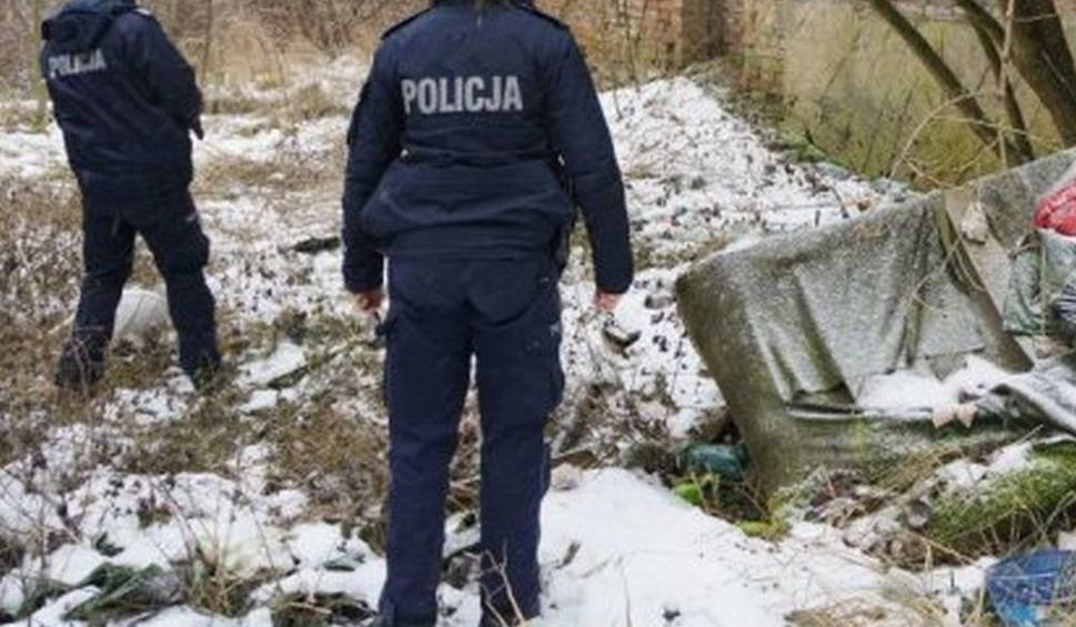 Film do artykułu: Gmina Lipsko. Śmierć w Małgorzacinie. Zamarzł 57-letni mężczyzna