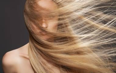"""Mycie włosów bez kropli szamponu? Poznajcie """"no poo"""""""