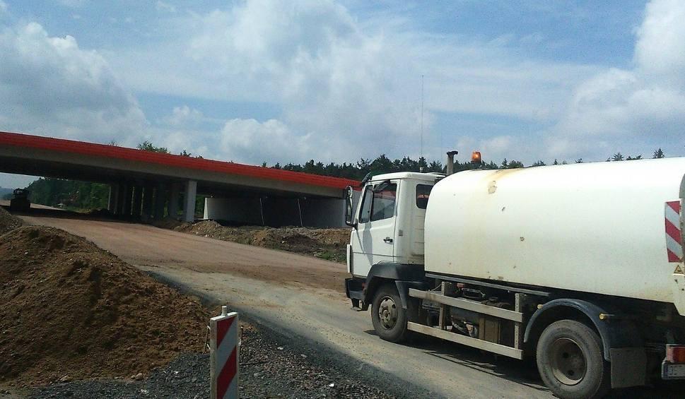 Film do artykułu: Budowa trasy S7 z Radomia do granicy województwa. Ma być gotowa za 10 miesięcy